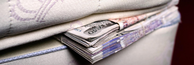Money under mattress
