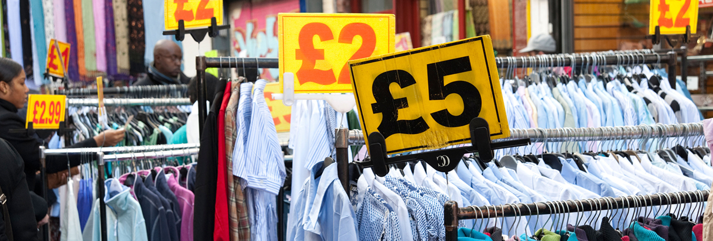London on a budget: Cheap clothes shopping in London Published on May 4, August 30, by Tanya I do most of my clothes shopping in England, mainly in London.